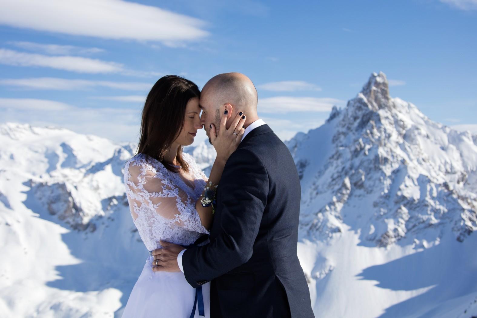 Photographe mariage Chambéry  Chambéry courchevel Winter wedding courchevel